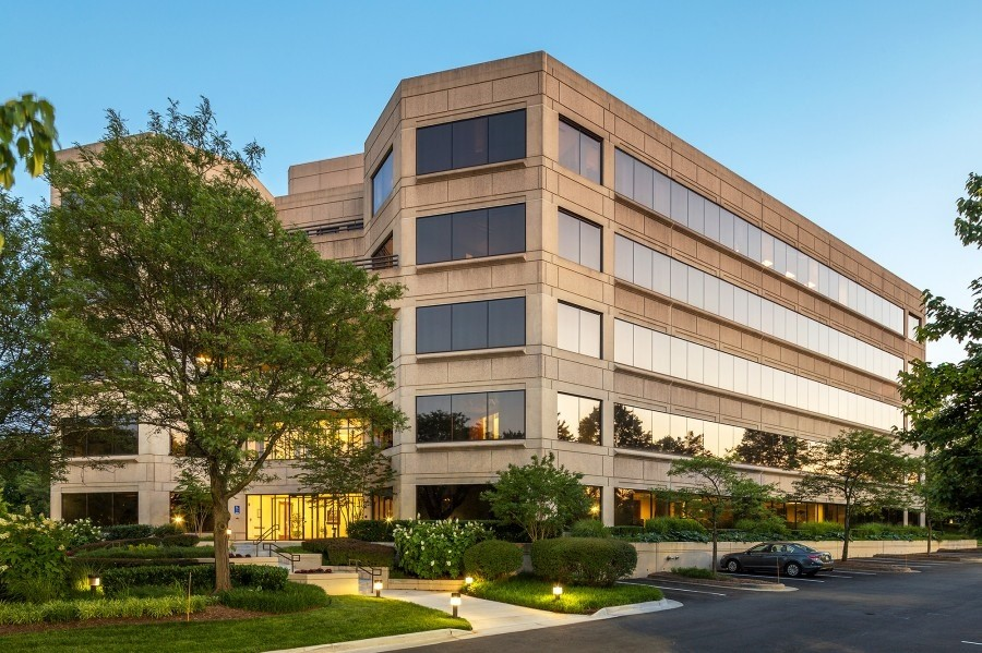 MID-ISLAND MORTGAGE CORP. LEASES NEW OFFICE SPACE IN FAIRFAX COUNTY