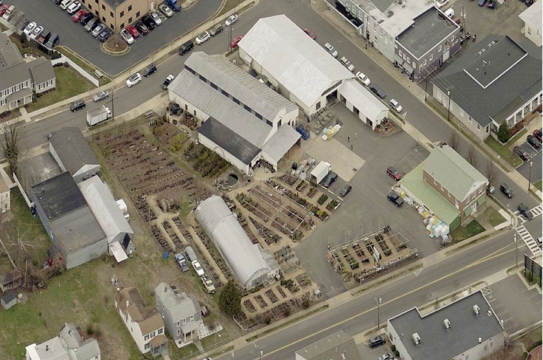 Nick Calamos, CCIM Sells Roxbury Farm & Garden Center for $3.75M